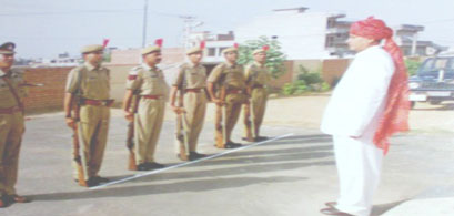 RN Arvind Receiving Guard of Honour at Hanumangarh